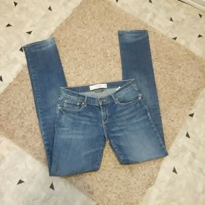 Abercrombie and Fitch Erin Straight leg Jeans!